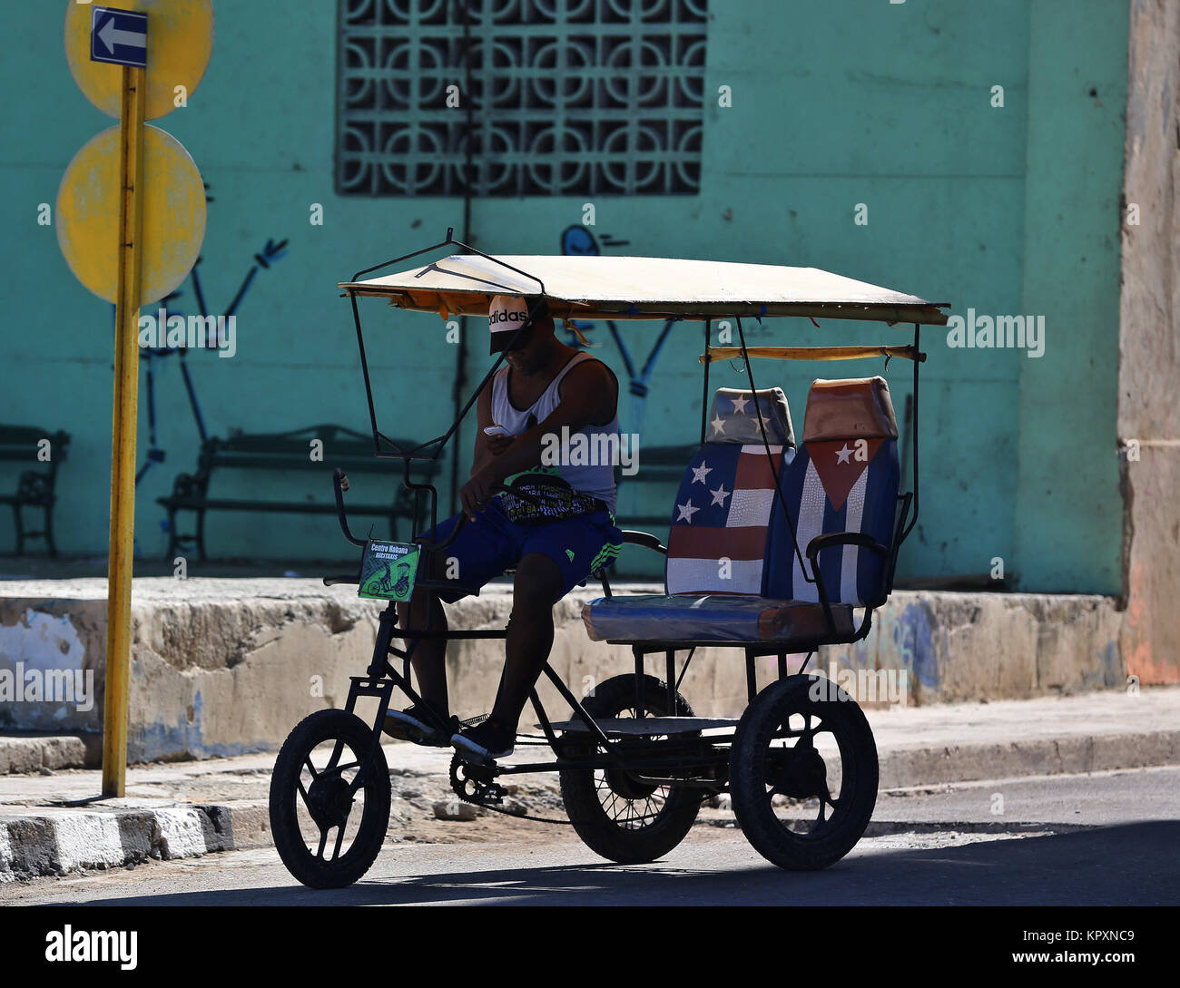 Russia Cuba Stock Photos Images Page 2 Alamy Kpx Dirt Bike Wiring Diagram The Driver Of A Taxi