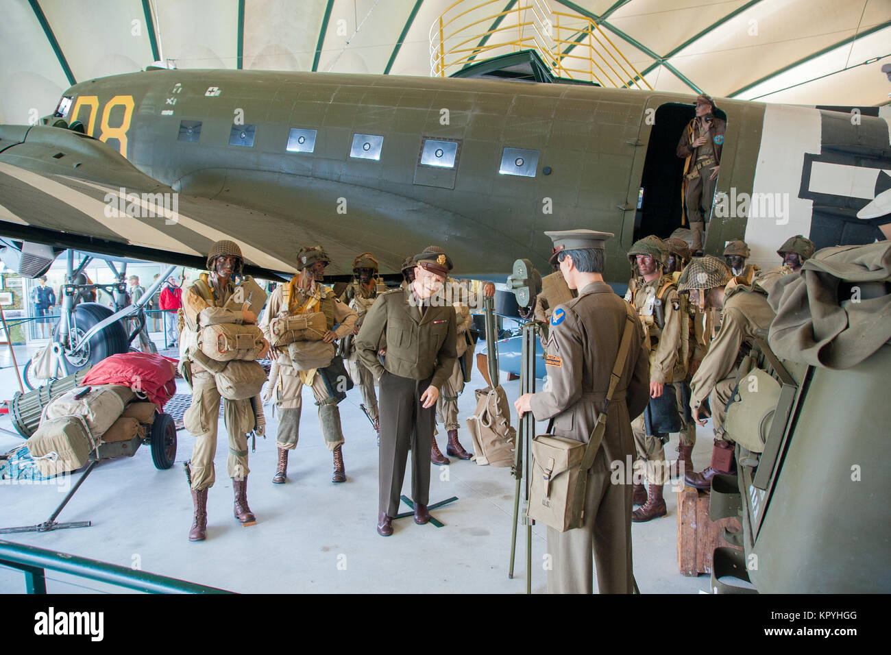 Tableau recreating General Eisenhower talking to US Paratroops before they board their C-47 for D-Day 6 June 1944. - Stock Image