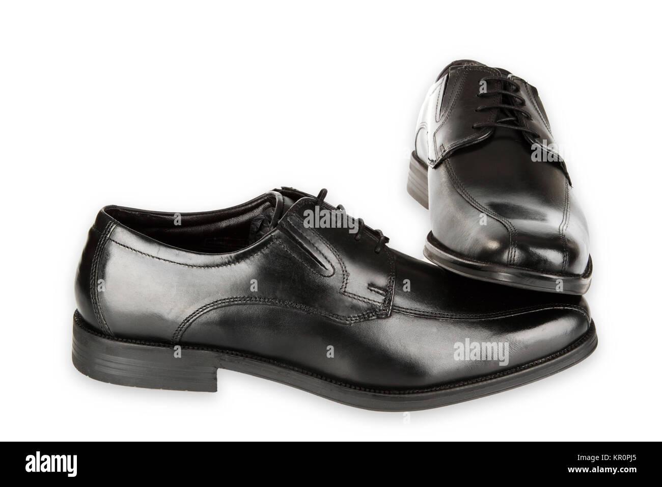 Schwarzer Herrenschuhe freigestellt auf weissem Hintergrund - Stock Image