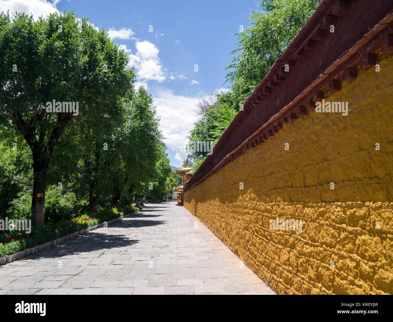 Norbulingka Palace in Lhasa, Tibet, China - Stock Image