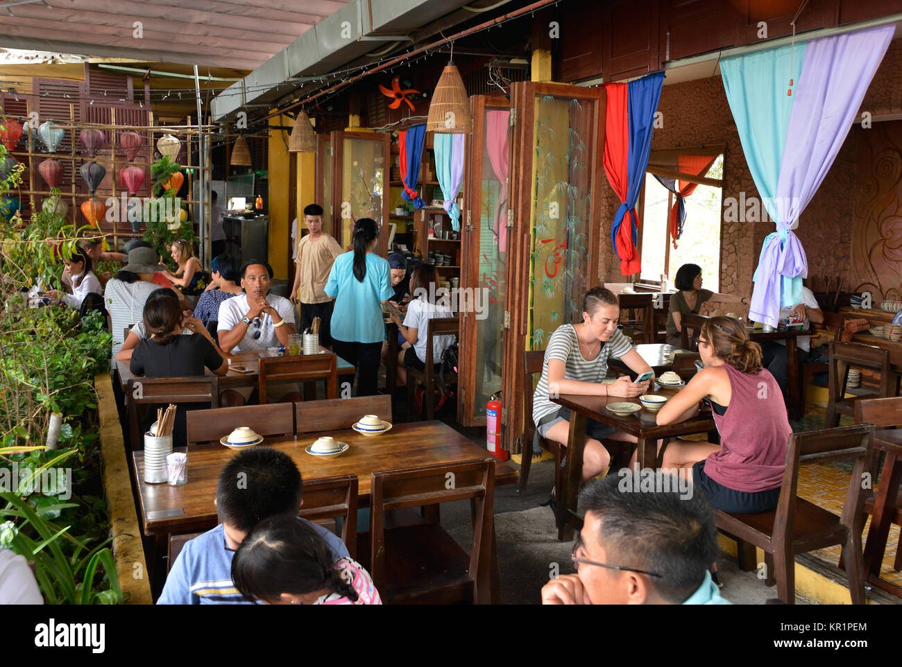The Secret Garden Restaurant High Resolution Stock Photography And Images Alamy