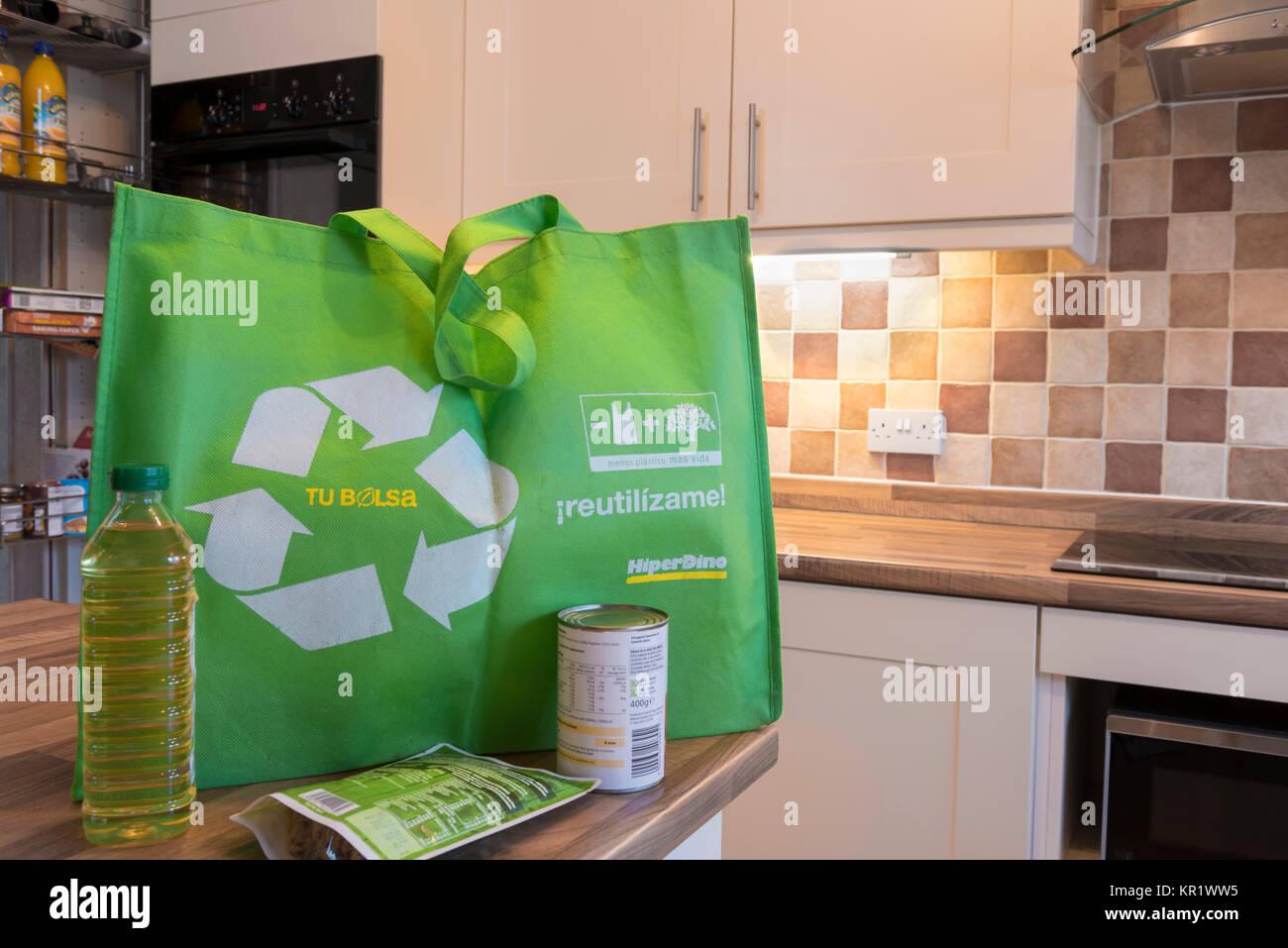 A reusable shopping bag, environmentally friendly, green recycle. - Stock Image