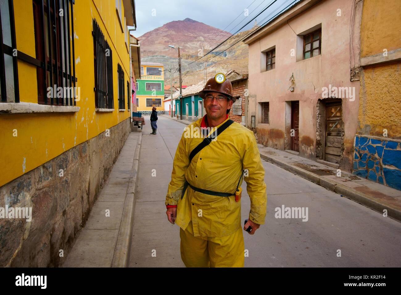 Tourist in protective clothing, mine-tour in the Silver Mountain Cerro Rico, Potosí, Tomás Frías - Stock Image
