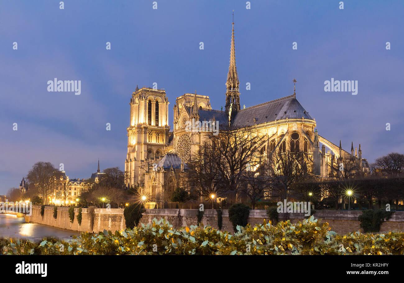 Paris Notre Dame Christmas Stock Photos & Paris Notre Dame Christmas ...