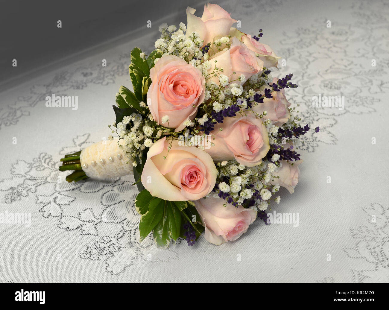 Photo Of A Small Romantic Nosegay Bridal Bouquet With Pink Roses Stock Photo Alamy