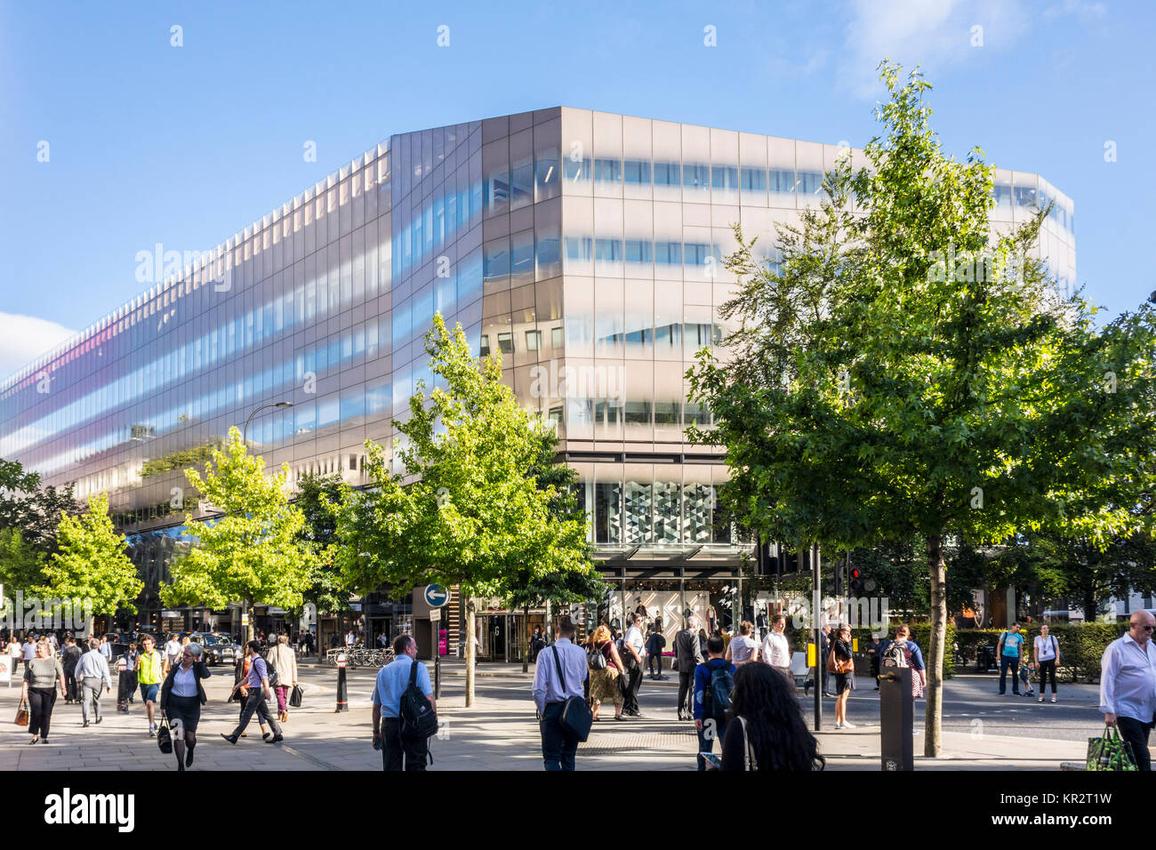 One New Change building by Jean Nouvel viewed from Cheapside, City of London, UK - Stock Image