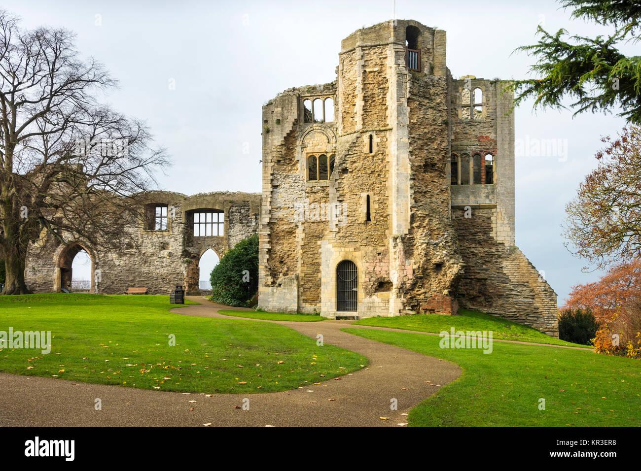 Newark Castle, a scheduled ancient monument, Grade I listed.  Newark on Trent, Nottinghamshire, UK - Stock Image