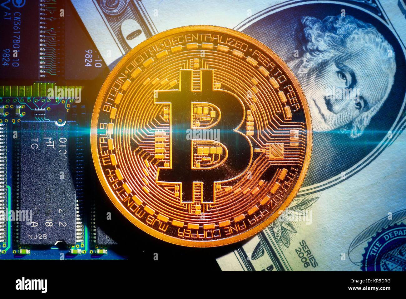 Coin with Bitcoin sign and dollar mark, Münze mit Bitcoin-Zeichen und Dollarnote Stock Photo