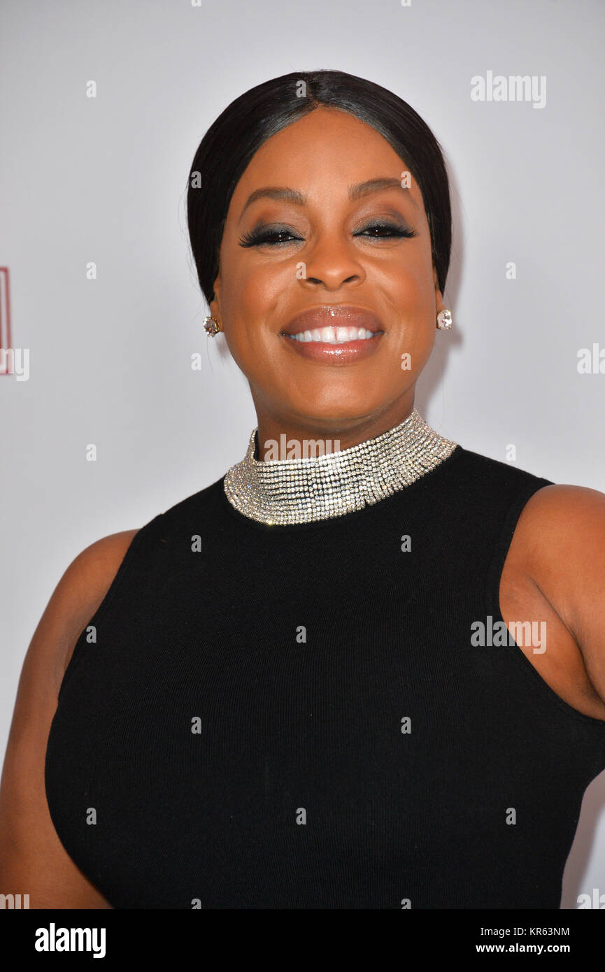 Los Angeles, USA. 18th Dec, 2017. LOS ANGELES, CA. December 18, 2017: Niecy Nash at the special screening of 'Downsizing' - Stock Image