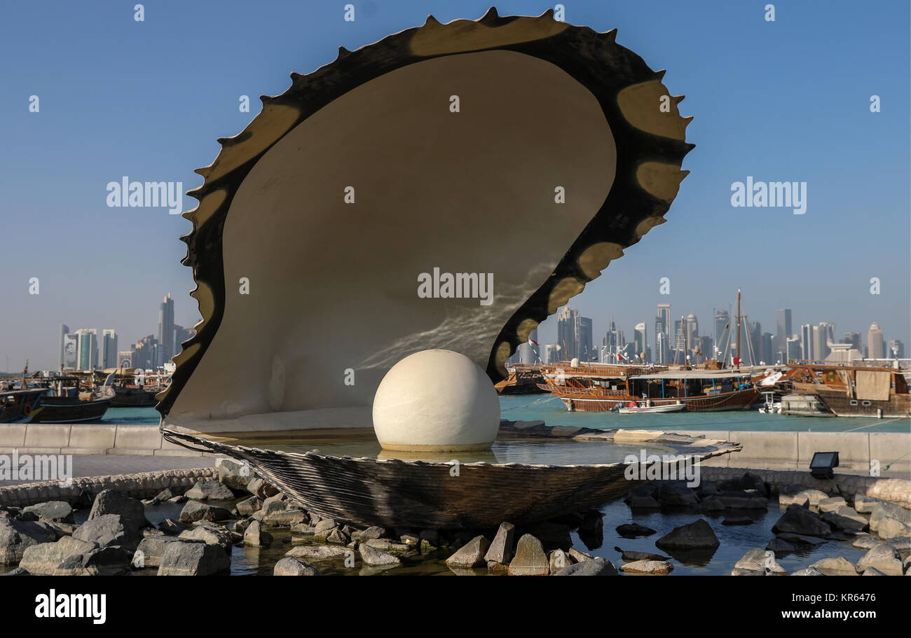 Doha, Qatar. 12th Dec, 2017. A view of the Pearl Monument erected on the Corniche waterfront in Doha, the capital - Stock Image