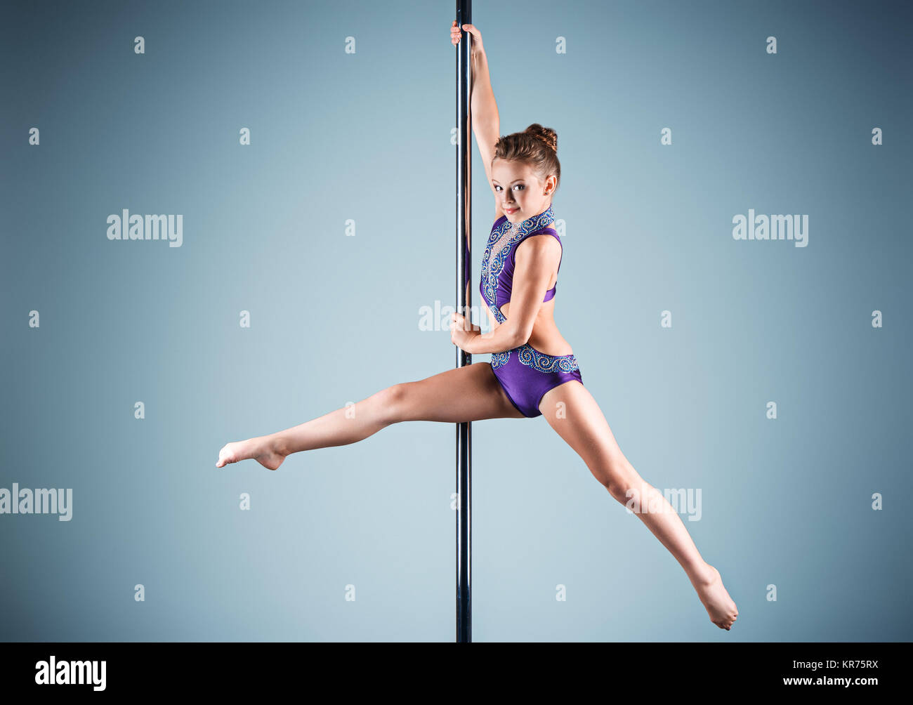 Has surprised New girl on the stripper pole