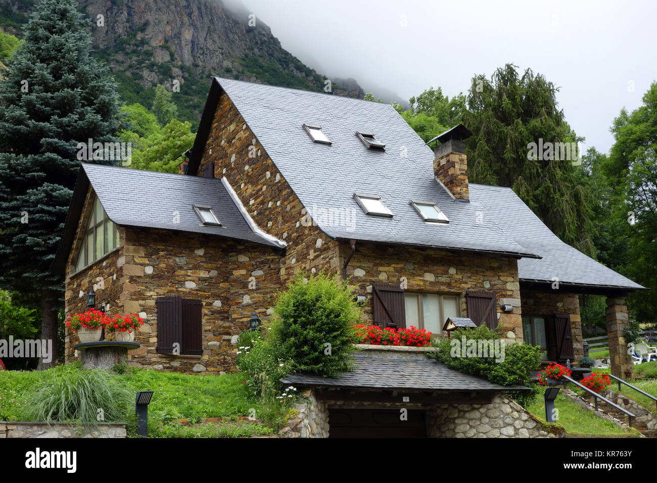 house of quarry stone in the pyrenees - Stock Image