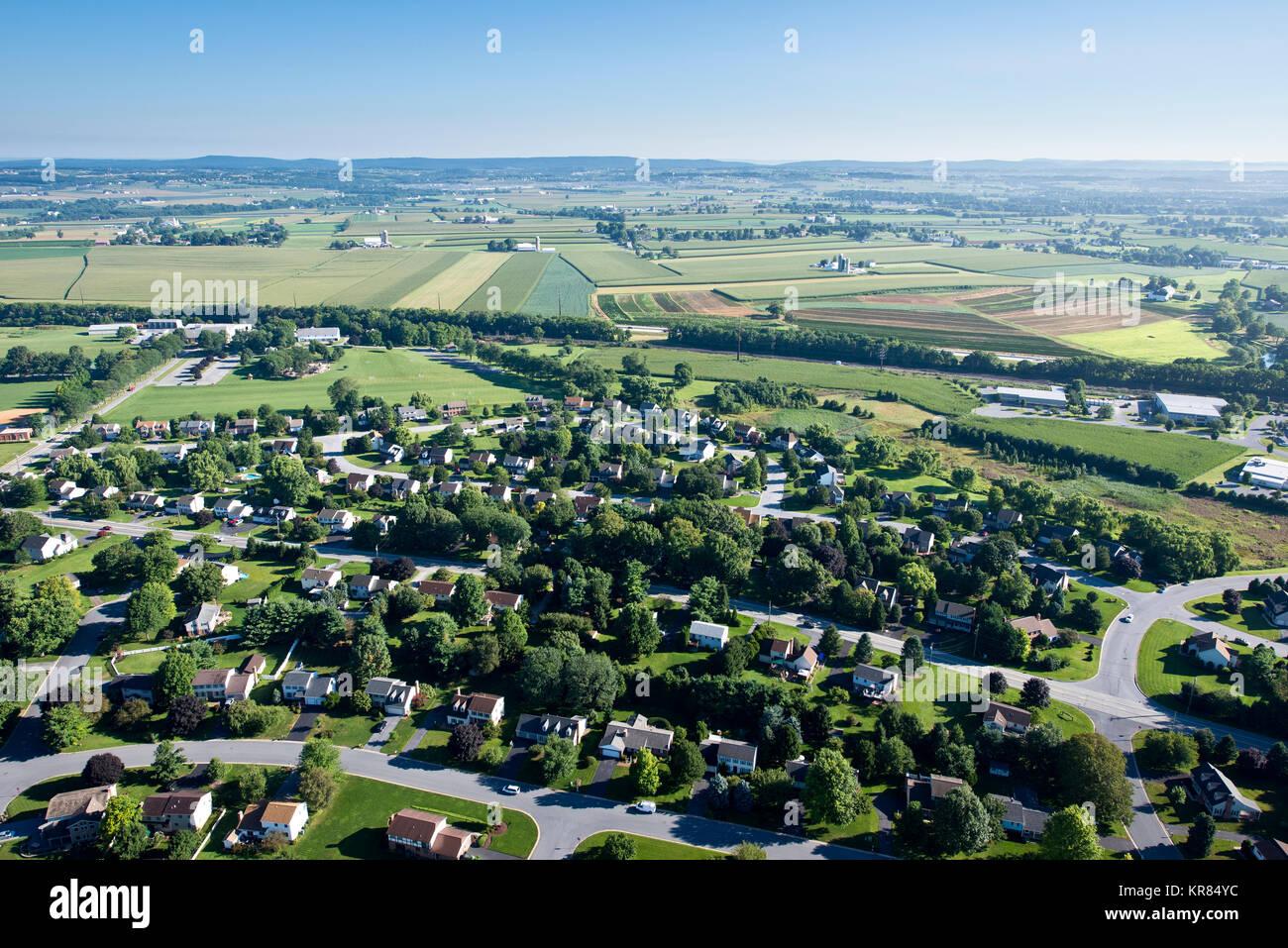 AERIAL VIEW OF SUBURBAN SPRAWL,LANCASTER PENNSYLVANIA - Stock Image