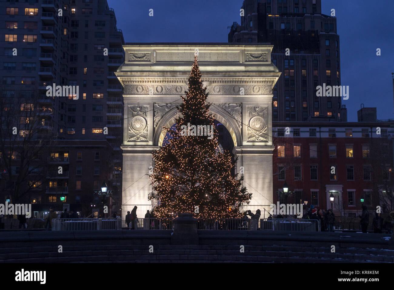 Weihnachtsbilder New York.Christmas In Greenwich Village Stock Photos Christmas In Greenwich