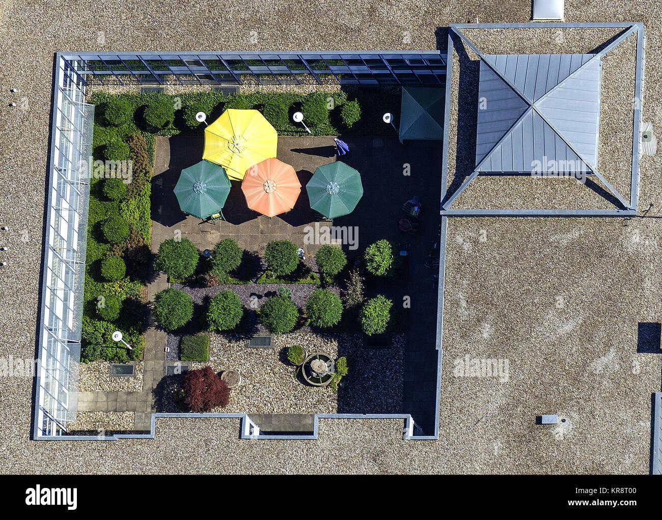 Lichthof eines Seniorenheims, Emmerich am Rhein, Ruhrgebiet, Nordrhein-Westfalen, Deutschland, Europa - Stock Image