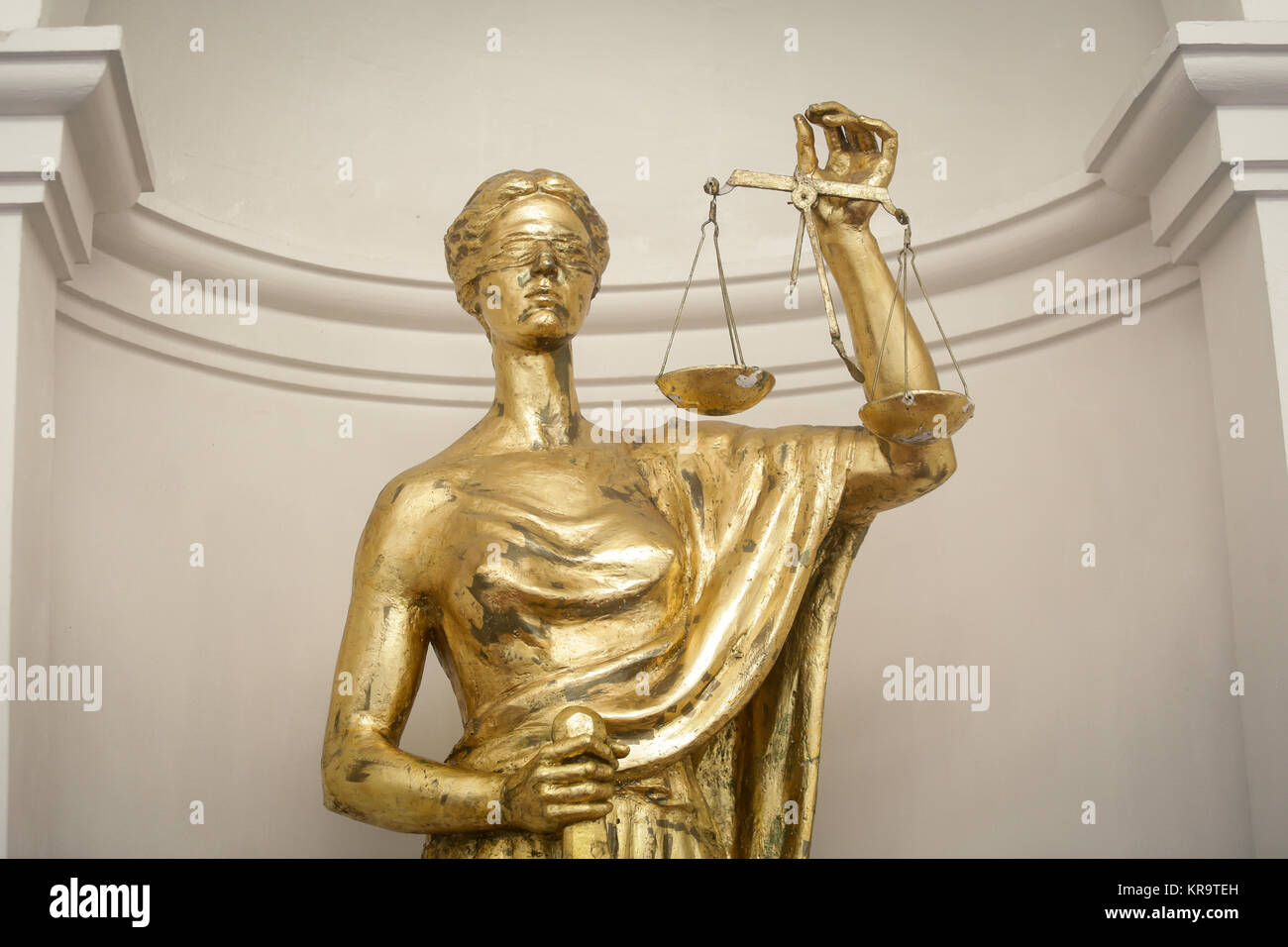 Antique Themis (lady justice) statue - Stock Image