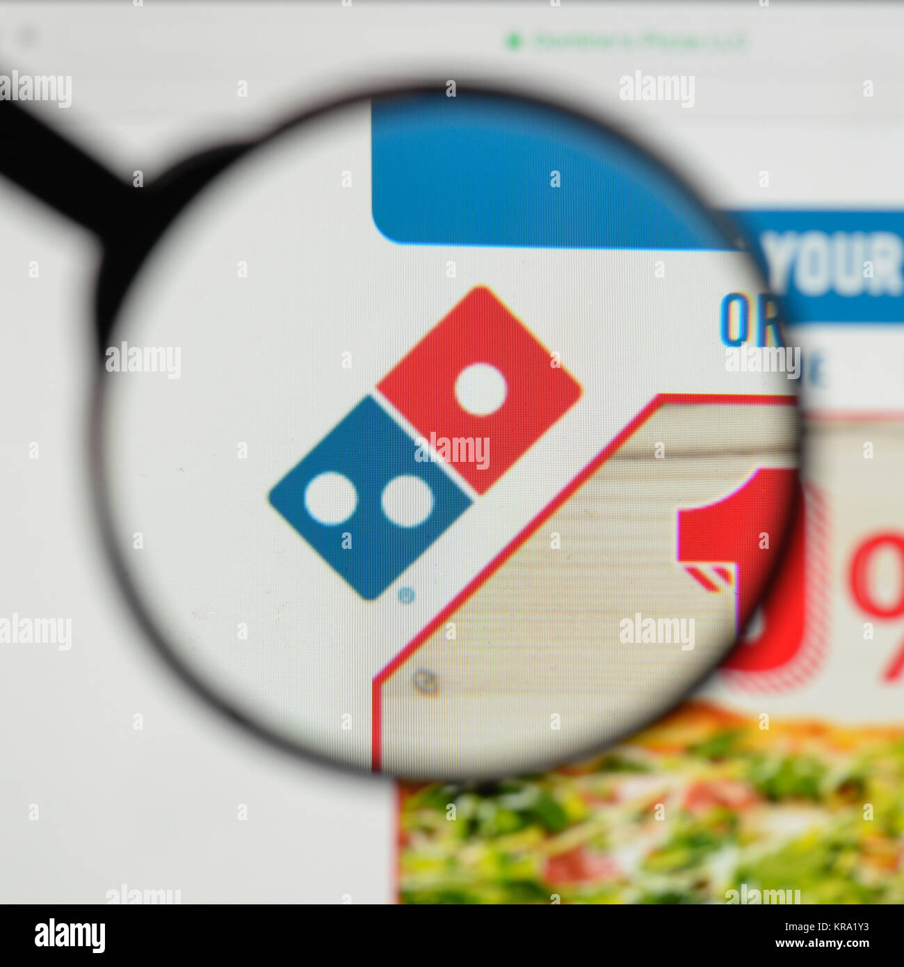 Dominos Pizza Logo Stock Photos & Dominos Pizza Logo Stock Images ...