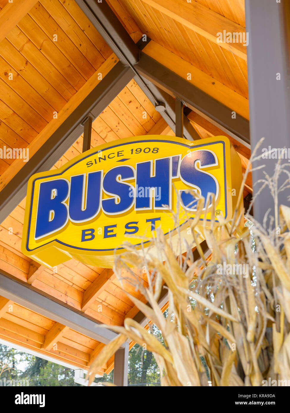 Sign over the entrance to the Bush's Beans visitors center and museum in  Chestnut Hill, Tennessee, USA. - Stock Image