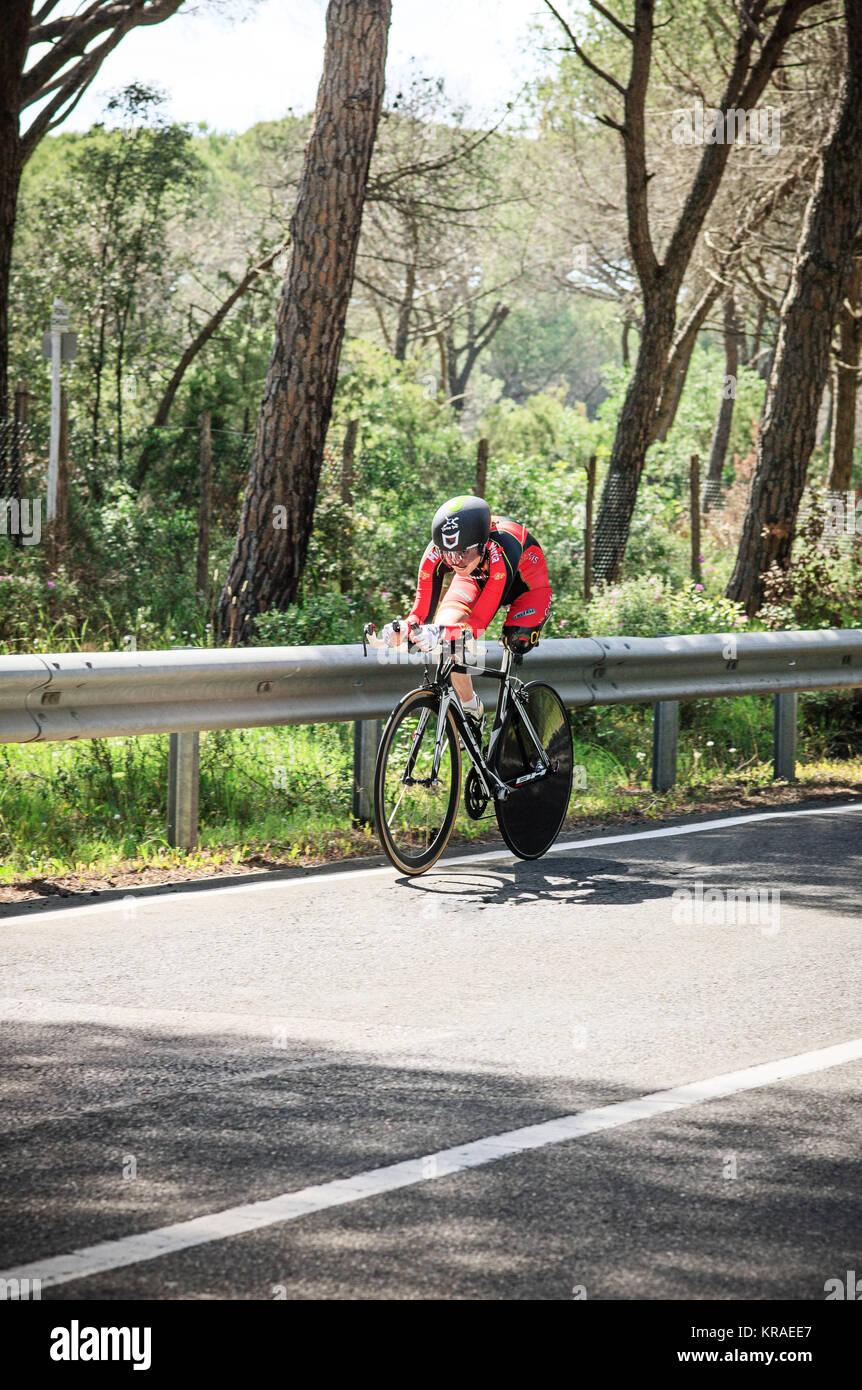 Grosseto, Italy - May 09, 2014: The cyclist without feet with the bike during the sporting event - Stock Image