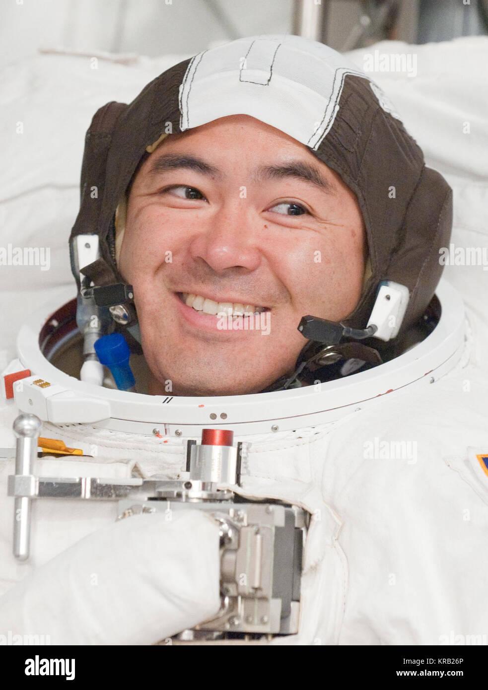PHOTO DATE: 31 August 2011 LOCATION: Bldg. 7, SSATA Chamber SUBJECT: Expedition 32 crew member and JAXA astronaut, - Stock Image