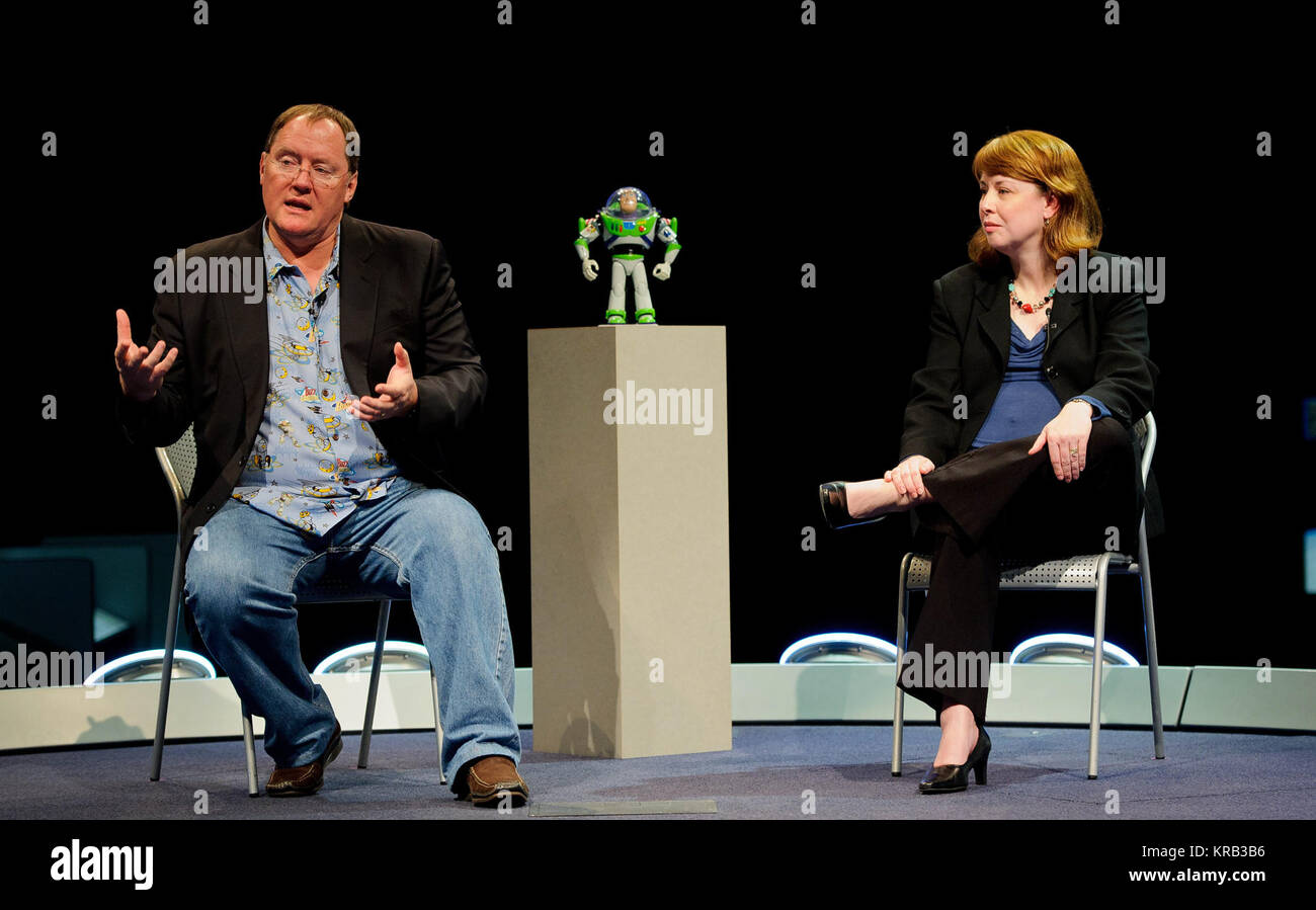 John Lasseter, Director of the film 'Toy Story', left, and Margaret Weitekamp, a curator at the Smithsonian - Stock Image