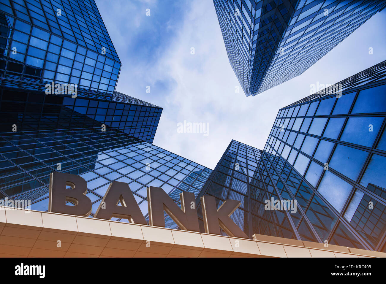 Bank building in a business area - Stock Image