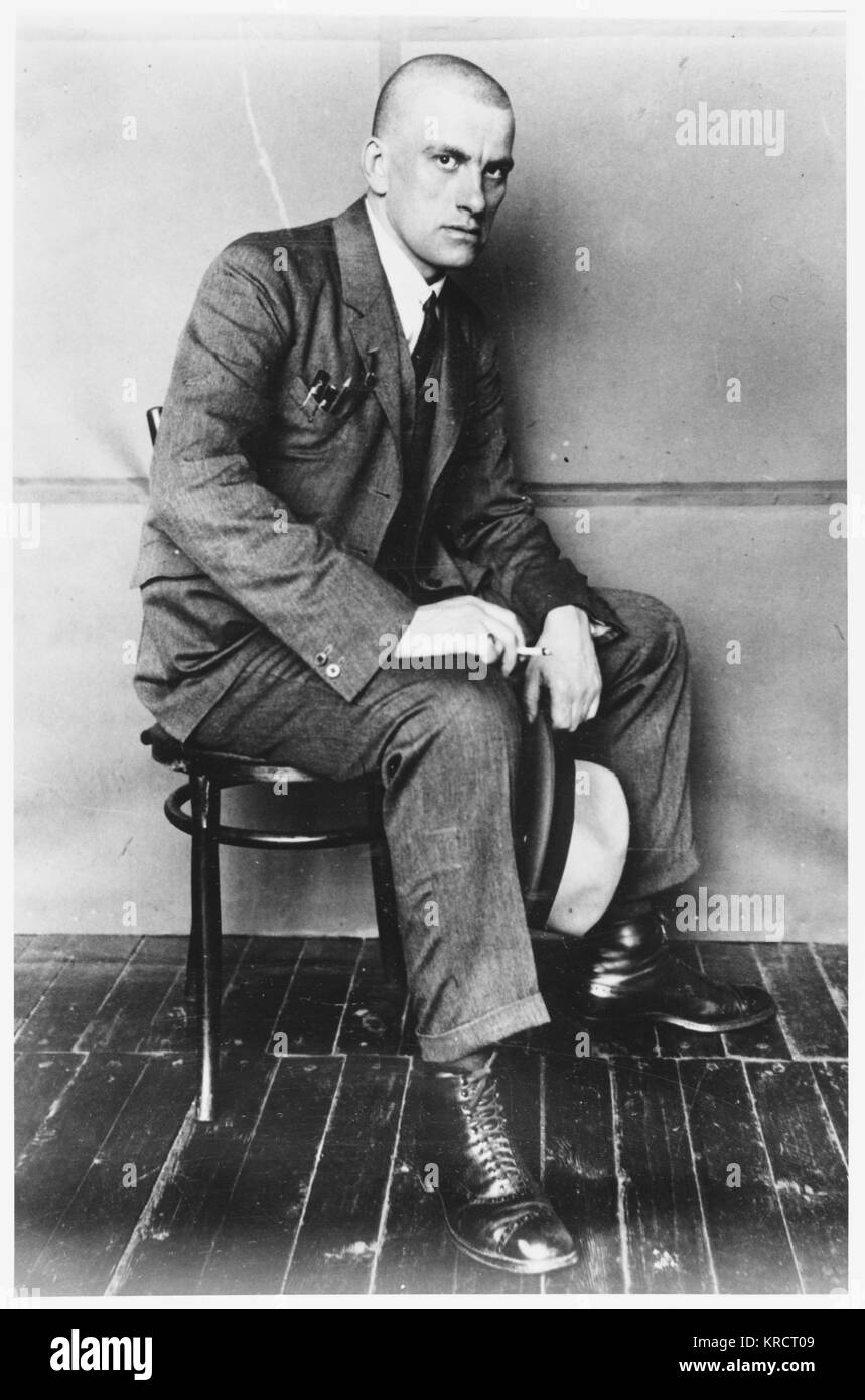 VLADIMIR MAYAKOVSKY - Russian poet and supporter of the Communist party in Russia (this photograph is dated 1927) - Stock Image