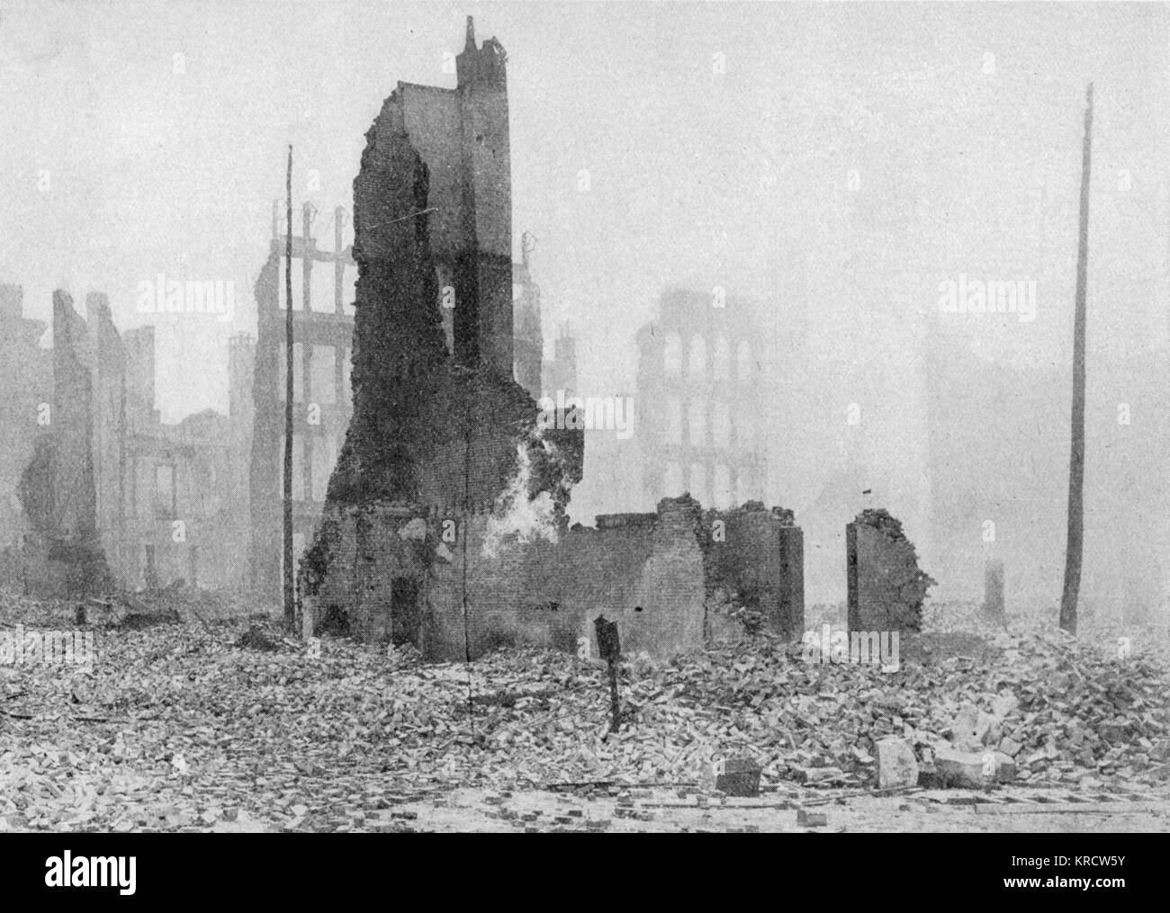 The heart of the factory district, devastated by the earthquake and the flames. Date: April 18th, 1906 - Stock Image