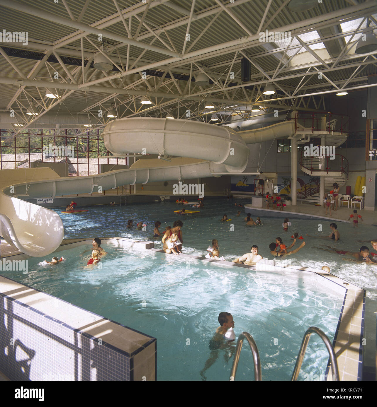 An indoor swimming pool, the  kind that has a wave machine  and rapids!        Date: 1990 - Stock Image