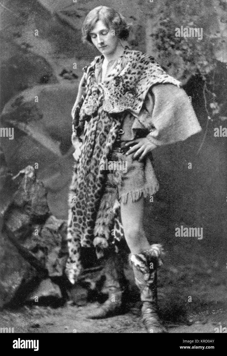 EDWARD GORDON CRAIG Actor and stage designer in the role of  Arviragus in Shakespeare's Cymbeline, c.1905   - Stock Image
