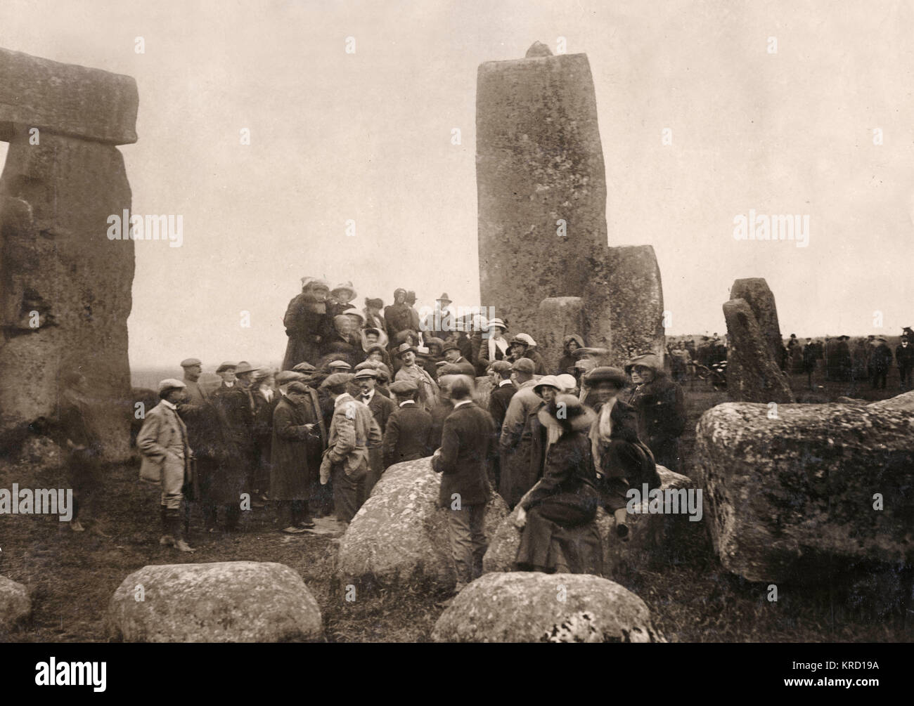 People gathering at Stonehenge, Wiltshire on the longest day of the year, on or near 21 June 1912.  This photograph - Stock Image