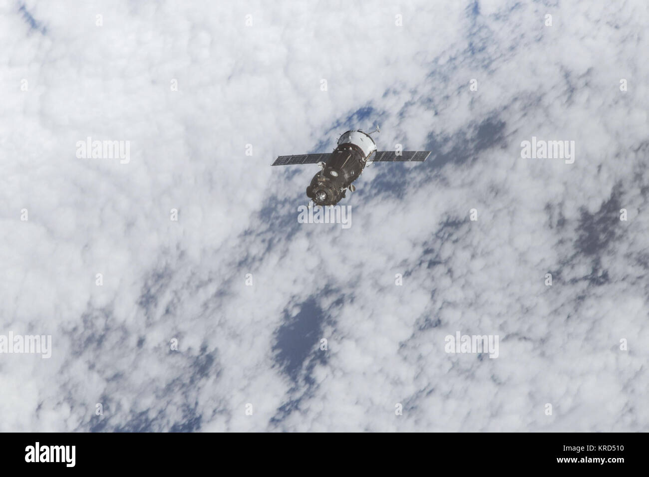 Soyuz TMA-10M approaches the ISS (1) - Stock Image