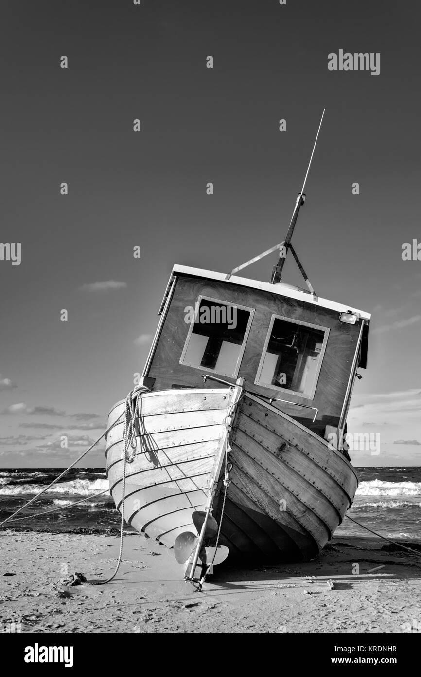 Fischkutter am Strand von Ahlbeck, Insel Usedom Stock Photo