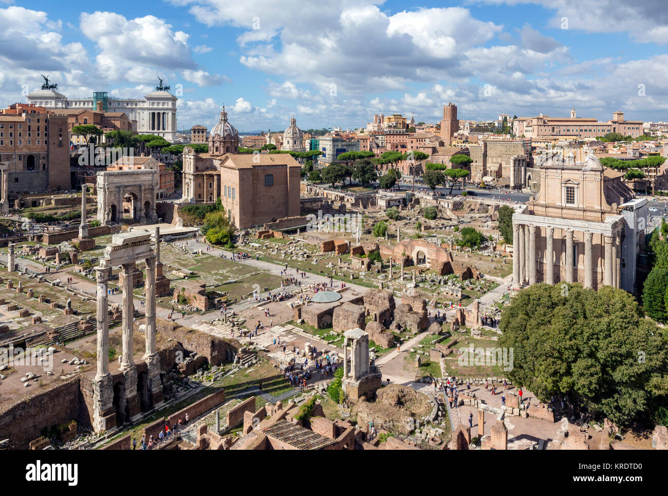 Rome, Forum. View from the Palatine Hill over the ancient ruins of the Roman Forum (Foro Romano), Rome, Italy - Stock Image