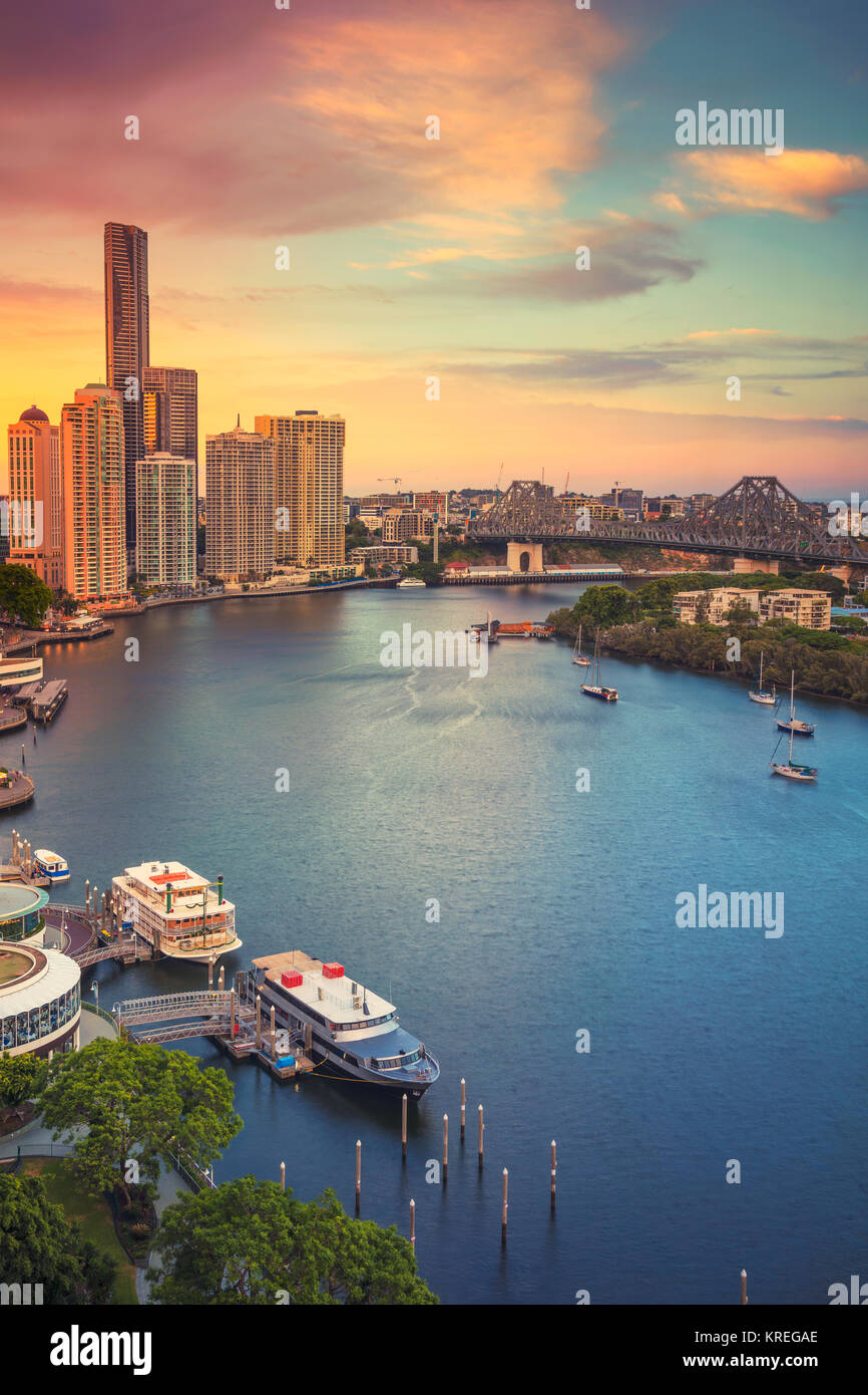 Brisbane. Cityscape image of Brisbane skyline, Australia during dramatic sunset. - Stock Image