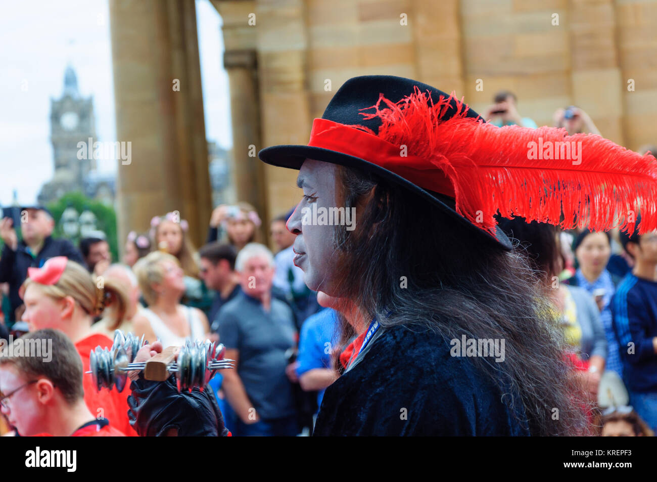 Pulse of the Place, a youth samba band in the Carnival of The Edinburgh Jazz and Blues Festival travelling down - Stock Image