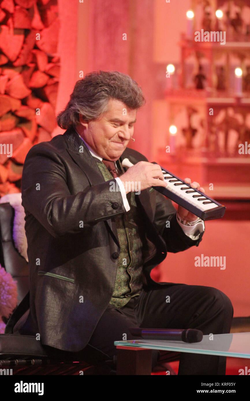 Weihnachtslieder Pop.Stefanie Hertel Presenting Her Show Die Große Show Der Stock Photo