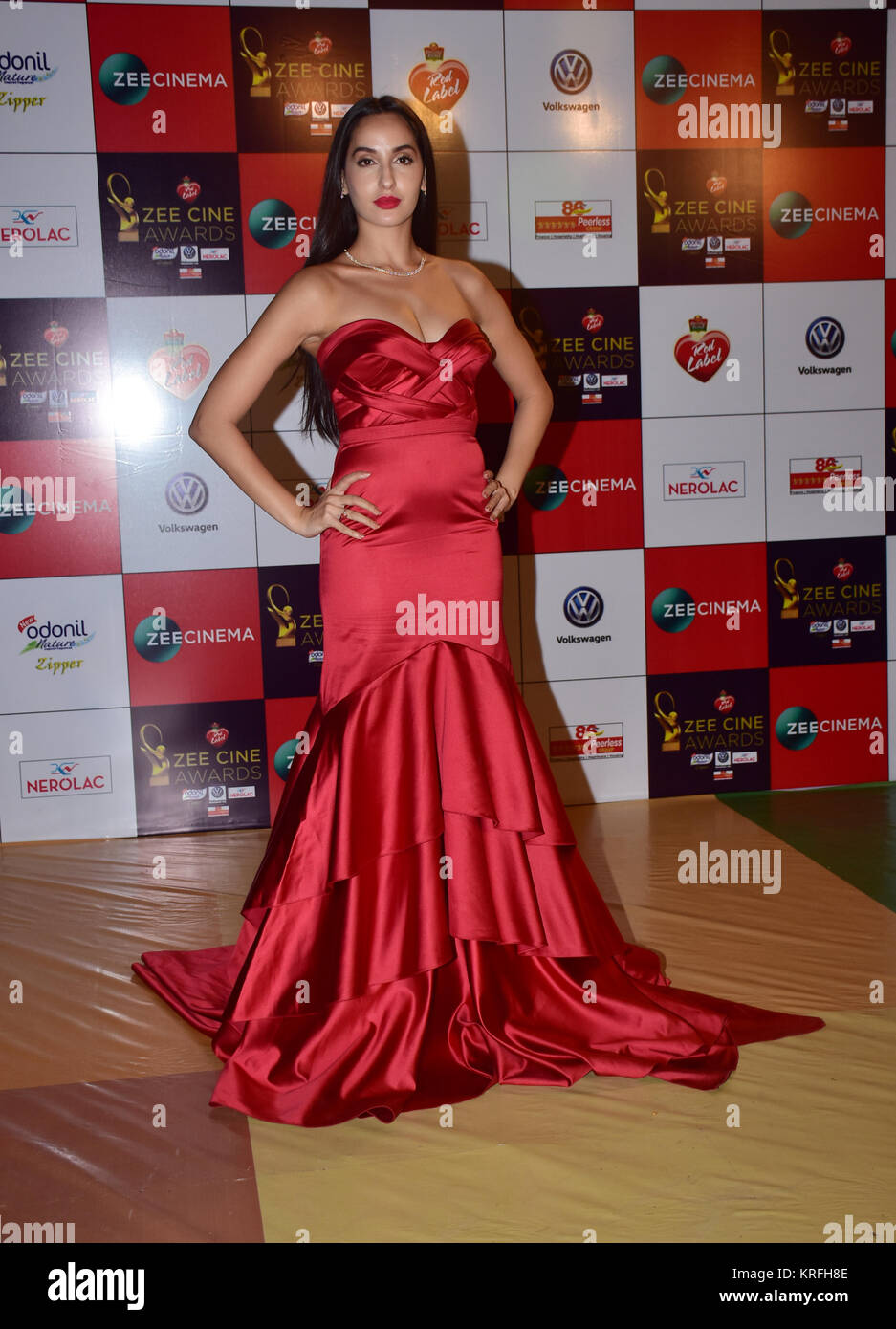 Mumbai, India. 19th Dec, 2017. Canadian model Nora Fatehi attend the Red carpet event of Zee Cine Awards 2018 at Stock Photo