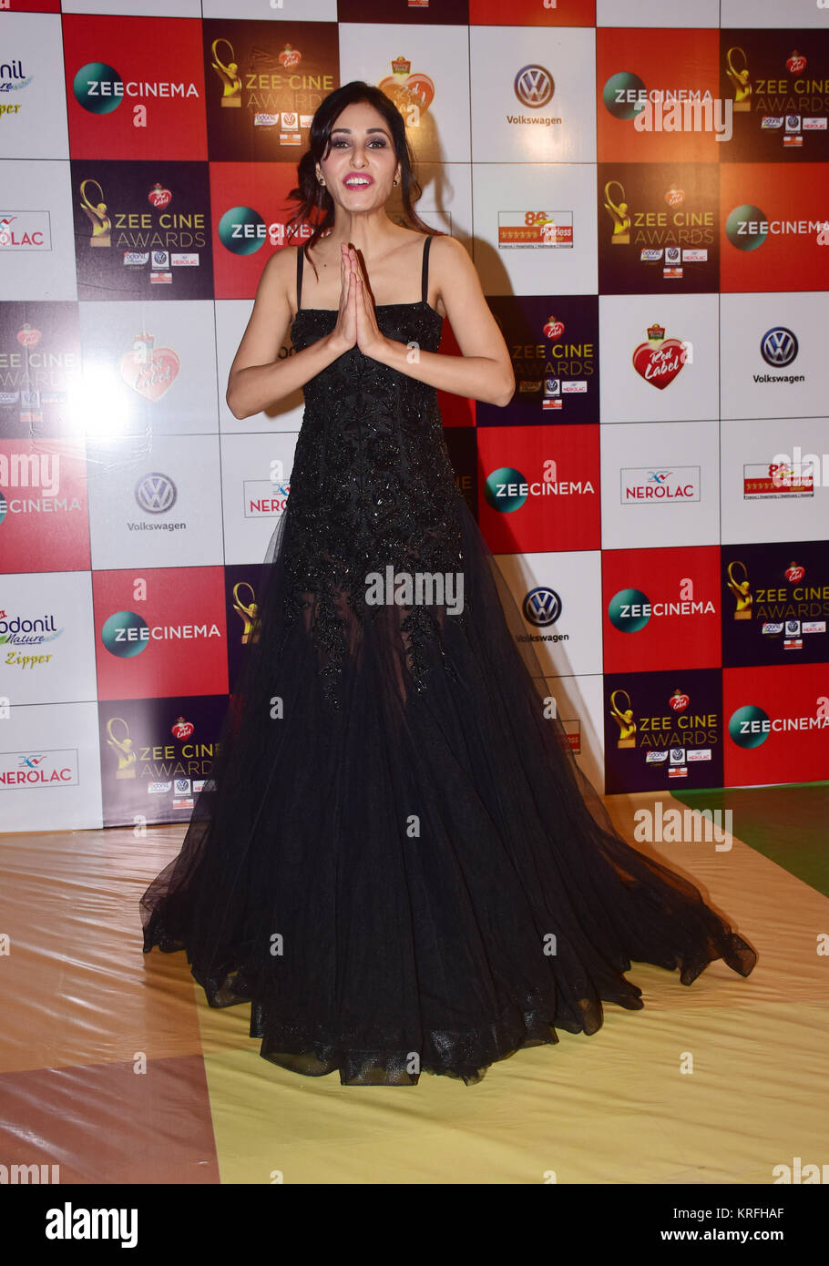 Mumbai, India. 19th Dec, 2017. Indian film actress Pooja Chopra attend the Red carpet event of Zee Cine Awards 2018 Stock Photo