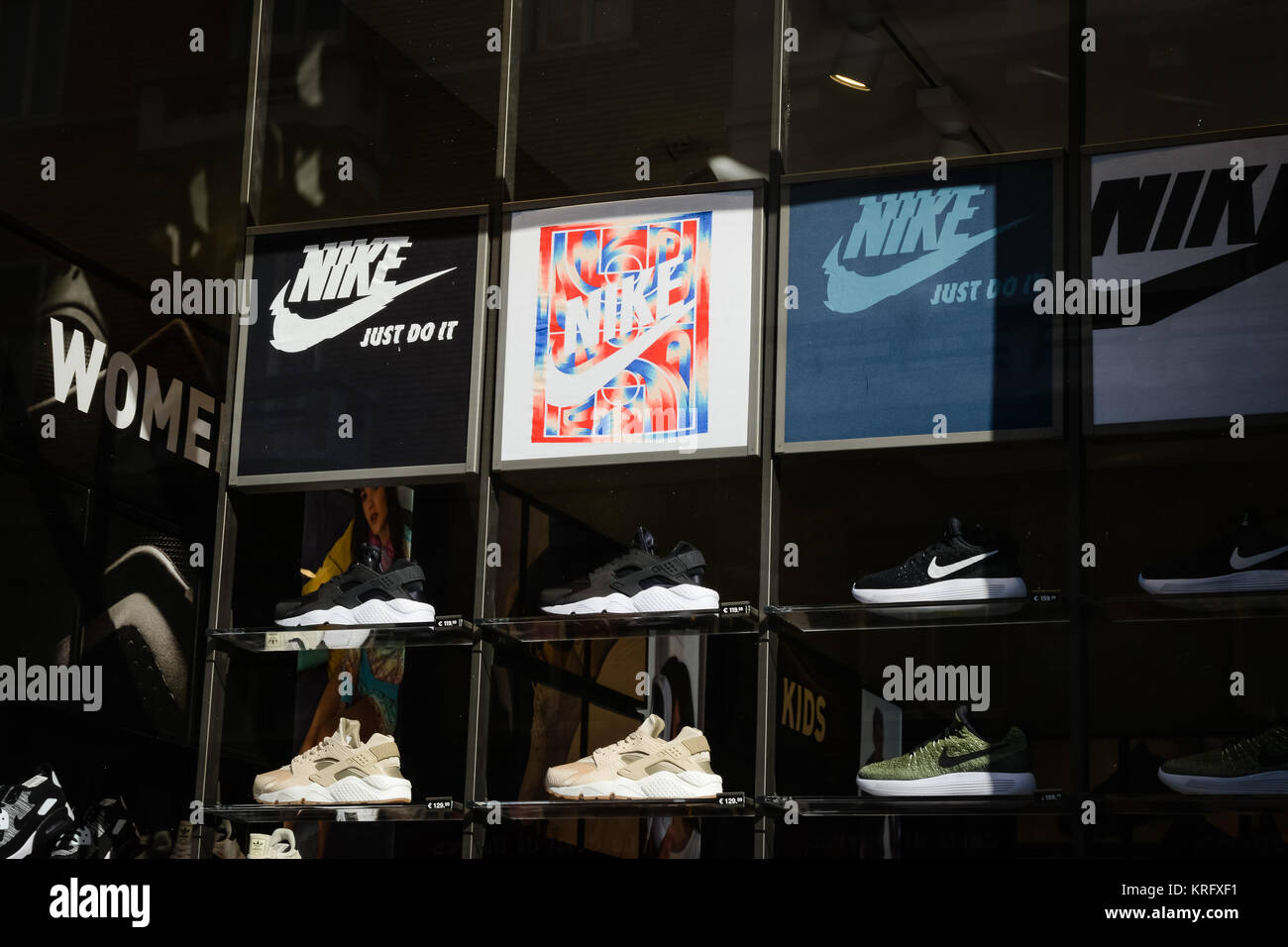 7b3e2c1b90 Foot Locker Stock Photos   Foot Locker Stock Images - Page 2 - Alamy