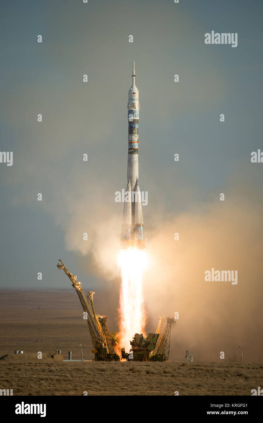 The Soyuz TMA-11M rocket is launched with Expedition 38 Soyuz Commander Mikhail Tyurin of Roscosmos, Flight Engineer - Stock Image