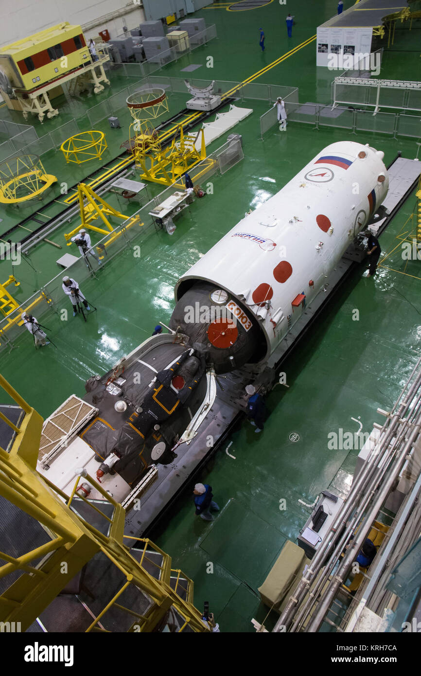 2014-09-18-13-19-55 At the Integration Facility at the Baikonur Cosmodrome in Kazakhstan, the Soyuz TMA-14M spacecraft - Stock Image
