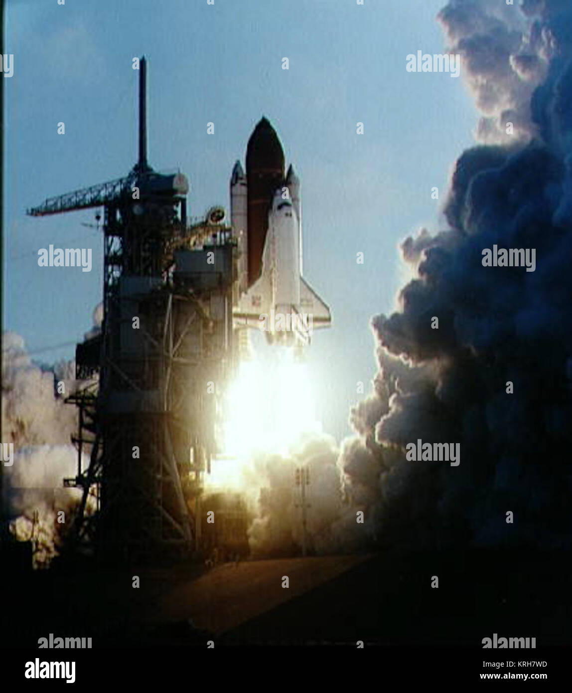 Sts 39 Stock Photos & Sts 39 S...