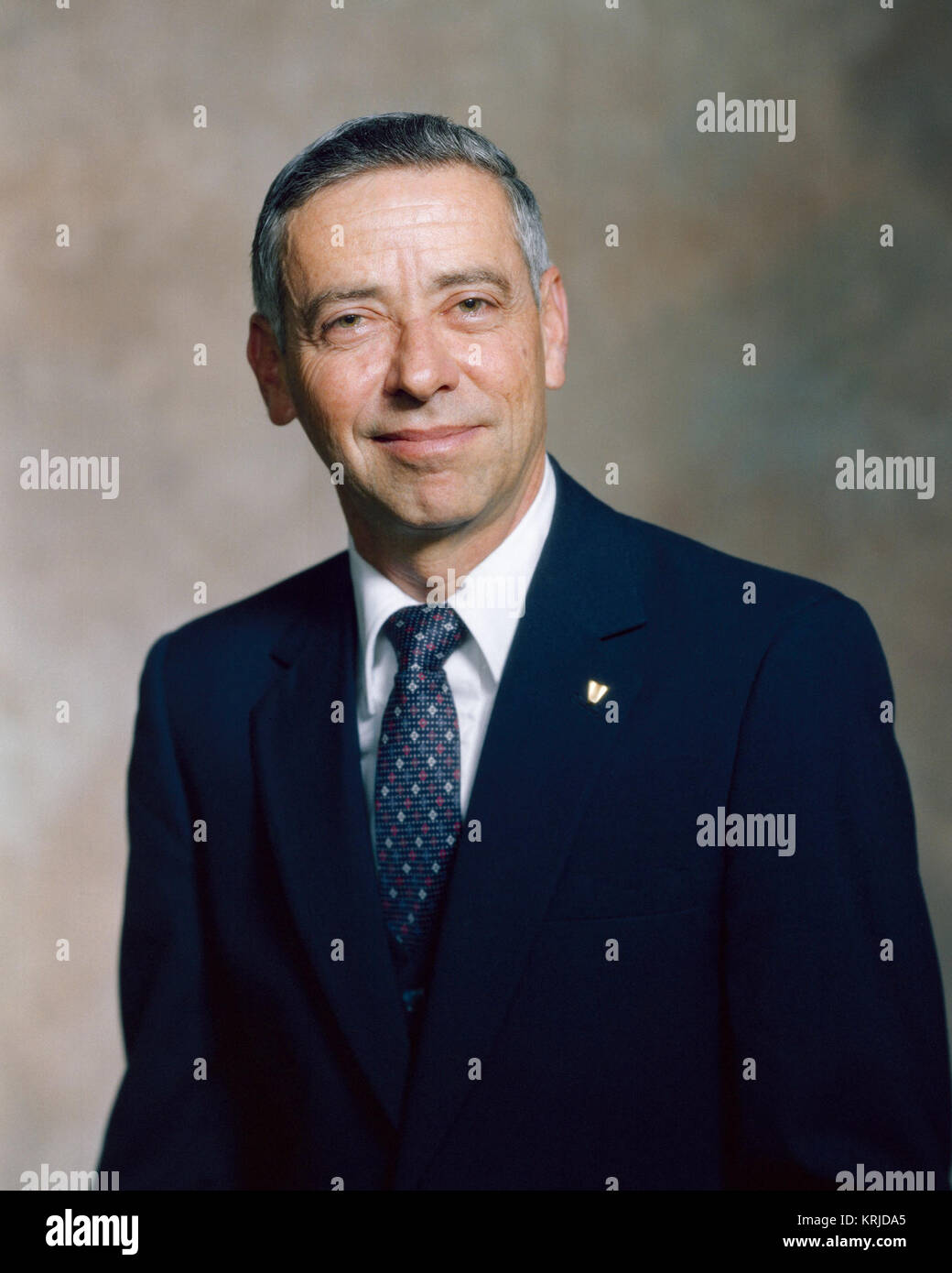 Aaron Cohen served as NASA Acting Deputy Administrator from February 19, 1992 to November 1, 1992. Mr. Cohen started - Stock Image