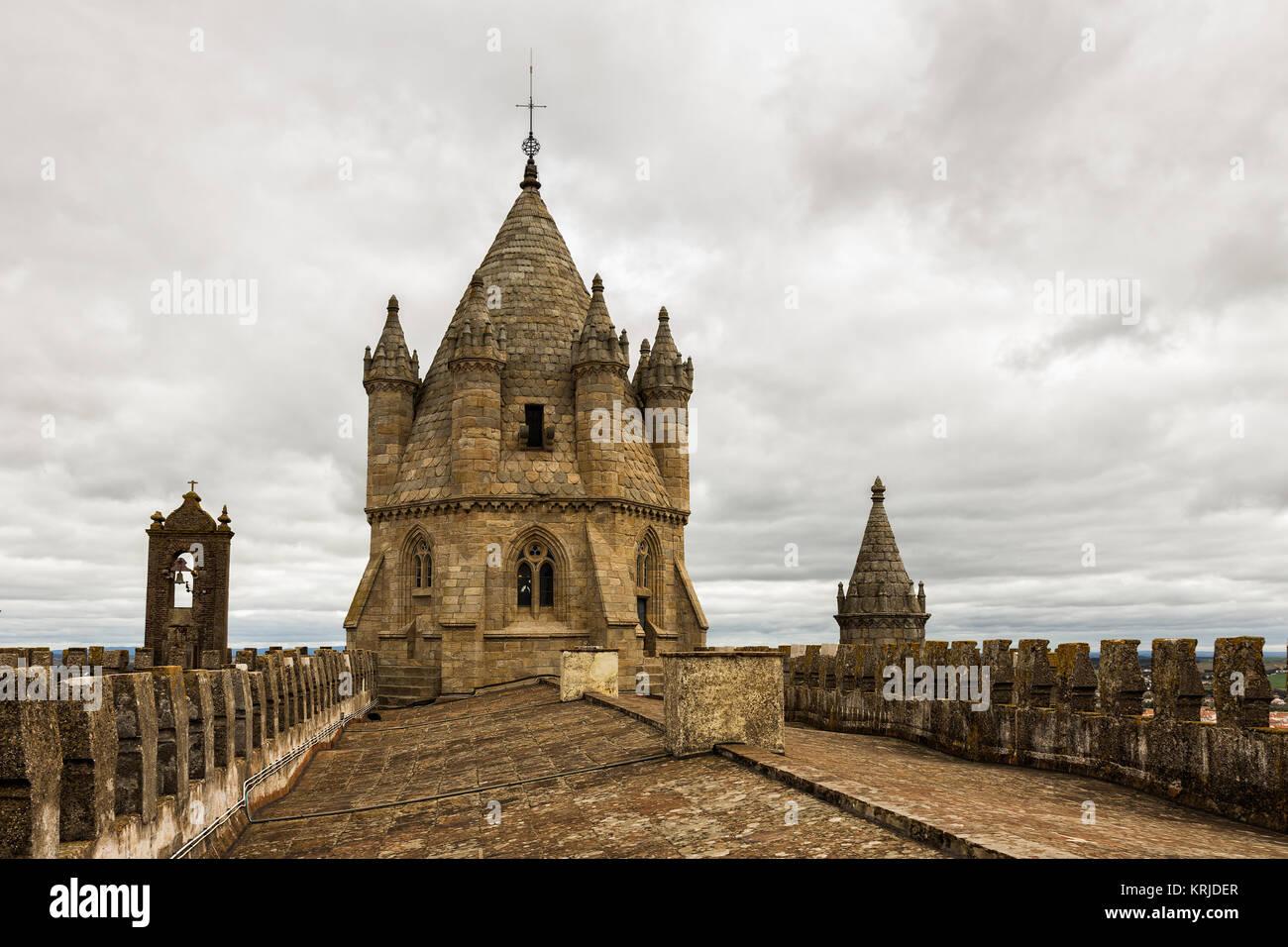 Dome Romanesque of the Basilica Sé Cathedral of Nossa Senhora da Assunção. The Cathedral of Évora - Stock Image
