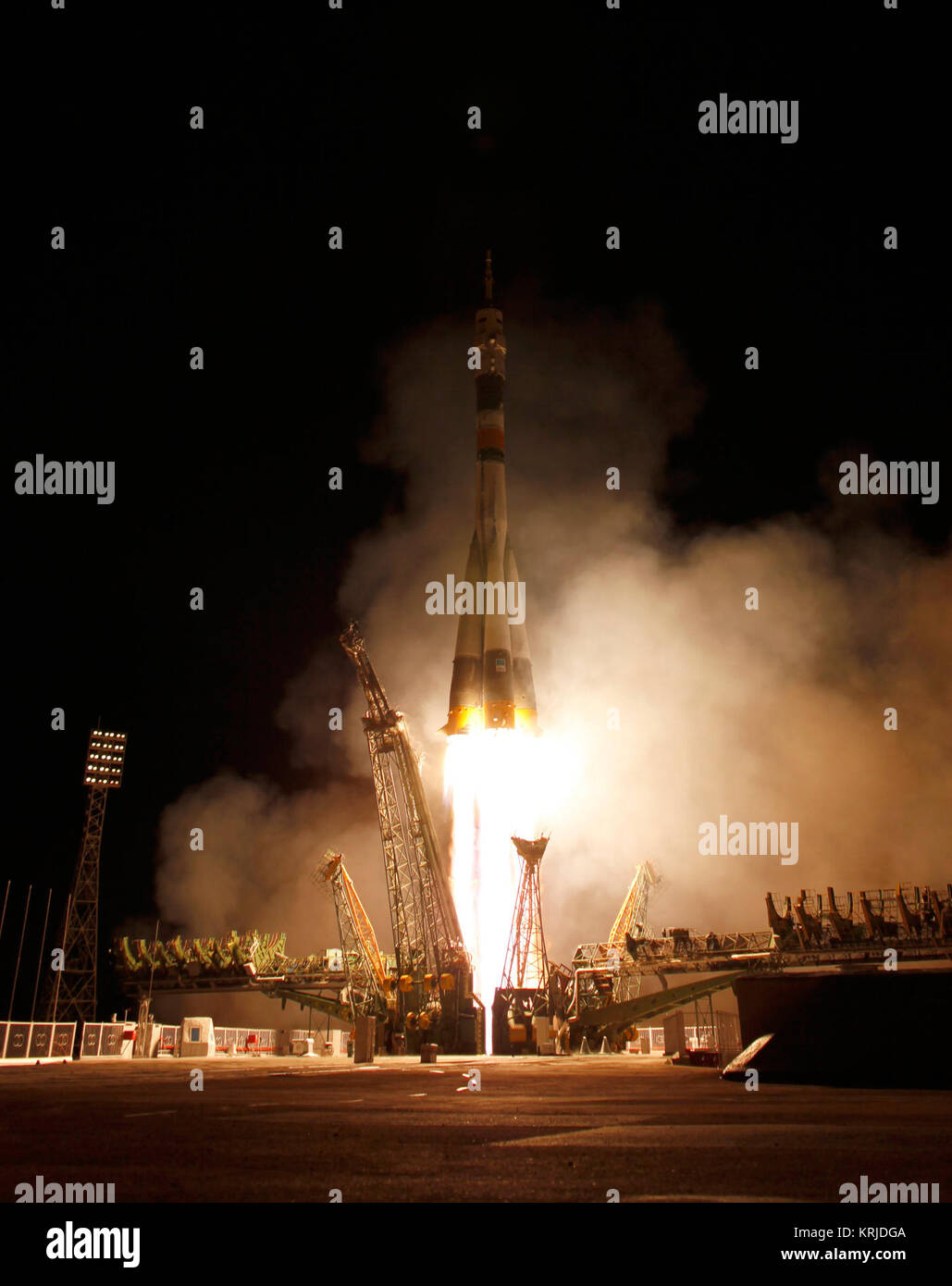 The Soyuz TMA-21 launches from the Baikonur Cosmodrome in Kazakhstan on Tuesday, April 5, 2011 carrying Expedition - Stock Image