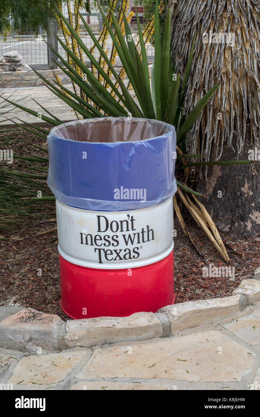 Langtry, Texas - A trash can at the Texas Department of Transportation's Judge Roy Bean Visitor Center. - Stock Image