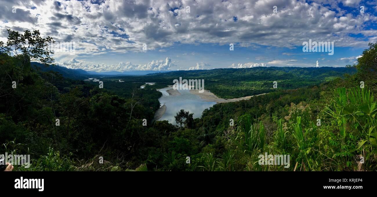 Peru Amazon basin, entrance to Manu National Park, Mirador Atalaya Rio Made de Dios - Stock Image