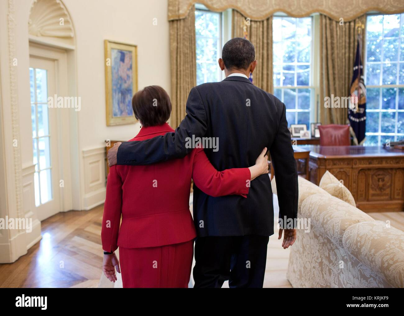 U.S. Supreme Court Justice Elena Kagan (left) and U.S. President Barack Obama walk into the White House Oval Office - Stock Image