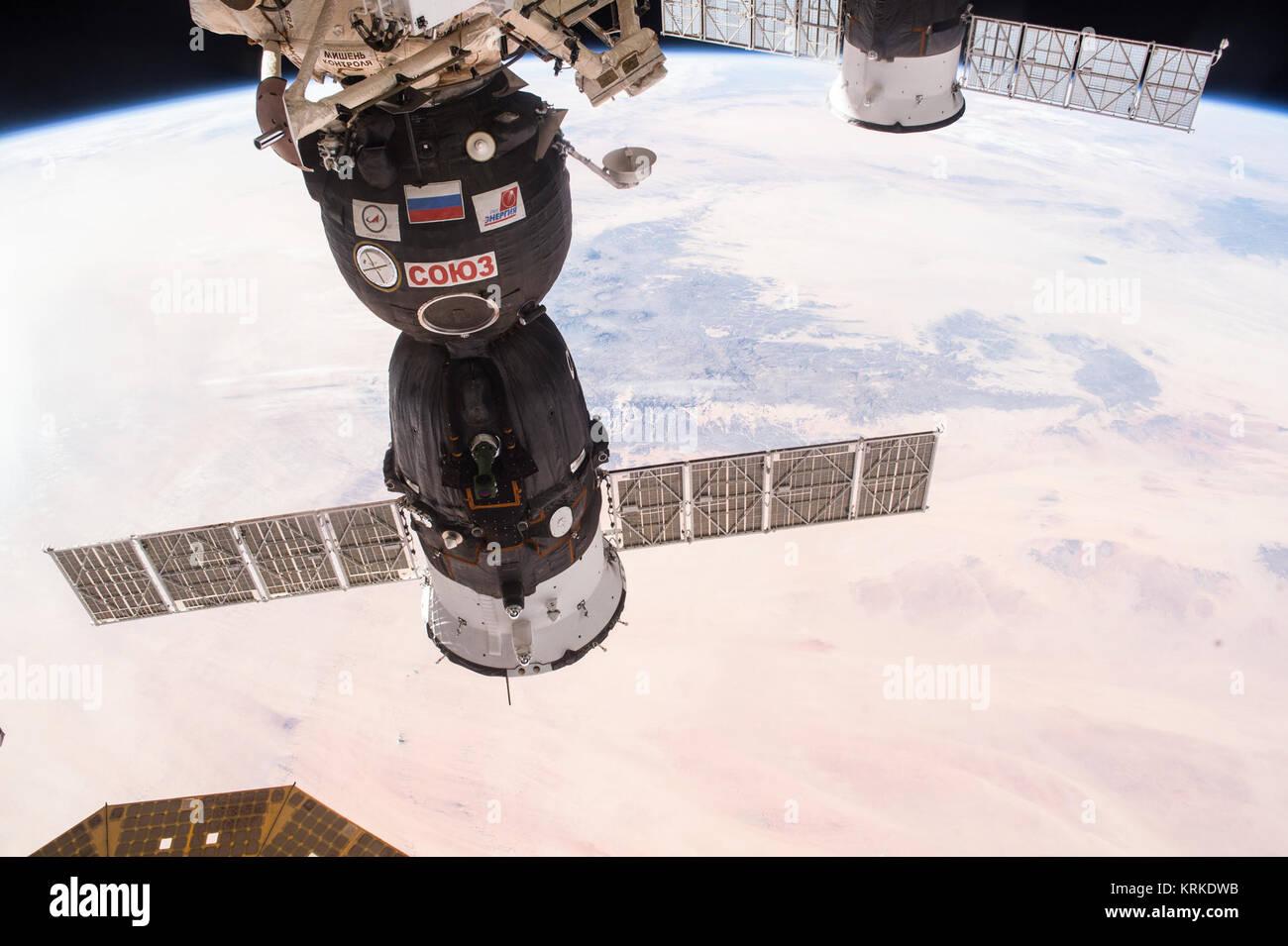 ISS-46 Soyuz TMA-19M docked to Rassvet - Stock Image